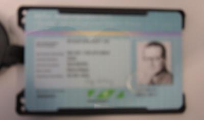 ID-kort-uskarpt-b-n-DS