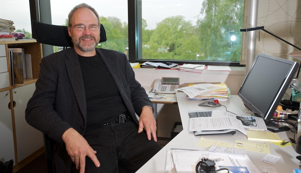 Kompetansedirektør Jørgen Leegård i BNL oppfordrer medlemsbedriftene til å søke når Vox nå utlyser 81 millioner kroner til kurs i basiskunnskaper.