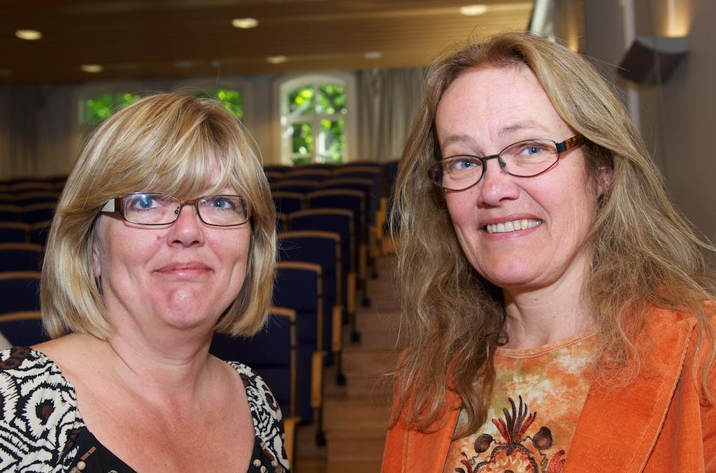 Anne Mette Ødegård (t.v.) og Susanne Søholt la i dag fram en rapport om arbeidsinnvandrernes vilkår i det norske boligmarkedet, et marked hvor de konkurrerer på samme vilkår som andre om boligene.