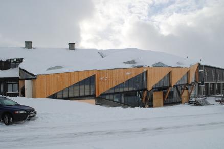 Bedriften deltar også i moderne prosjekter som her på Sognefjellet. (Foto: Stokk og Stein)