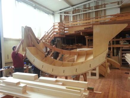 Prototypen er bygget hos Ryde & Berg i Fredrikstad, som er en kjent orgelbygger i tillegg til å ha dyktige møbel- og finsnekkere. (Foto: Playwood)