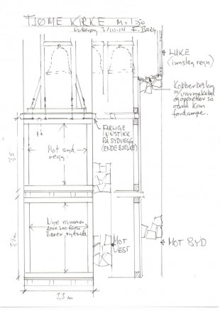 Klikk for stort bilde. De kraftige trerammene måtte bygges opp i to etasjer under klokkerommet. (Illustrasjon: Frank Berg)