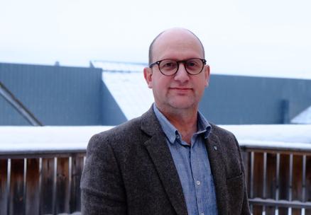 Fylkesdirektør for videregående opplæring John Arve Eide roste bransjen for å vise ansvar.