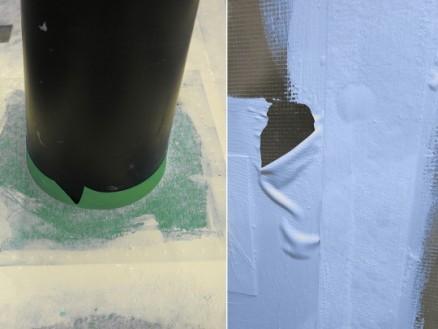 Venstre: Rørmansjett med påført påstrykningsmembran. Rørmansjetten har sprukket som følge av at den ikke passer til rørdimensjonen. Høyre: Påstrykningsmembran som ikke hefter på våtromsplate ved vannbelastning. (Foto: Sintef Byggforsk)