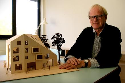 - Det er viktig å utvikle samvirket mellom forskning, innovasjon og undervisning, sier Marius Nygaard (Foto: AHO)