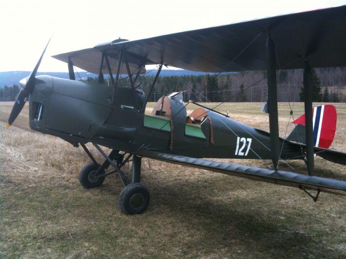 Flyet De Havilland Tiger Moth DH-82 ble produsert ved flyfabrikken på Kjeller på 30-tallet. Eierne søker nå Kulturminnefondet om støtte til restaurering. (Foto: Fra søknad/Privat)